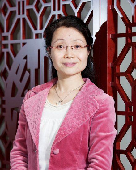Deborah Yao
